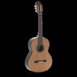 Guitarra Clásica Admira Serie Artesanía A4